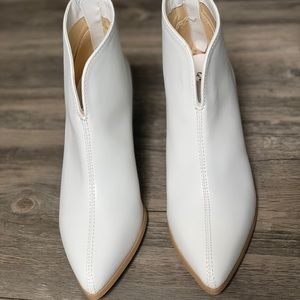 Blanch White Booties